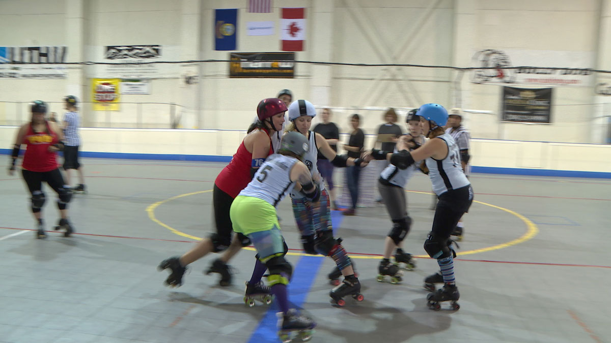 Roller-Derby at the Club